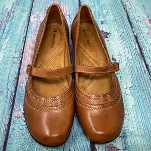 Naturalizer Brown Leather Wedge Loafer Shoes